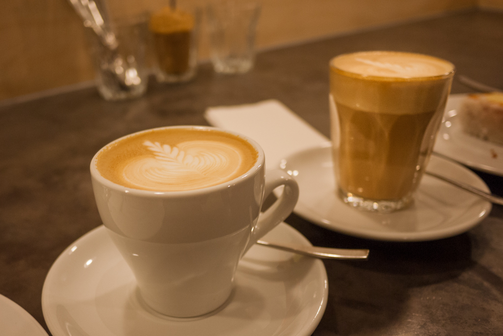 How to Make a Flat White Coffee