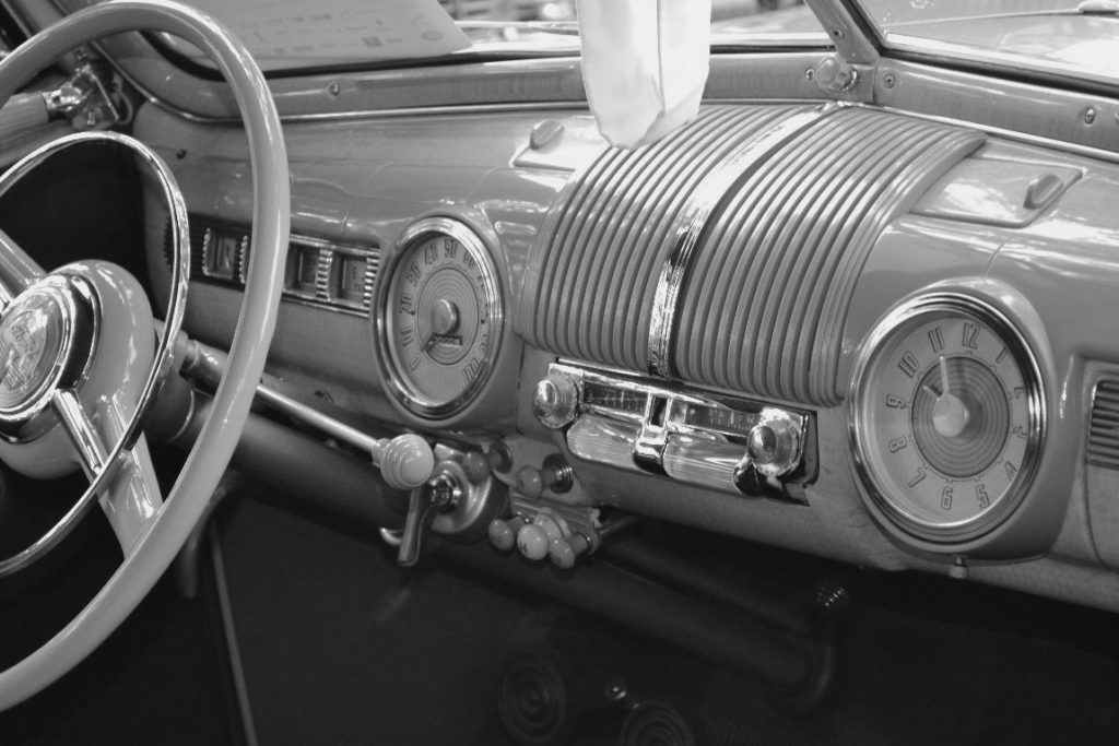 Ford Deluxe Dash